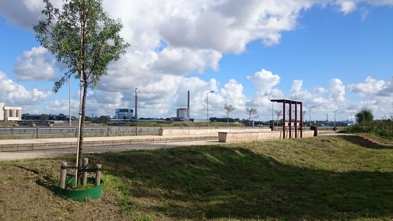 2015-09-26 - v-eld - Verblijfsplek kanaalzone Station Casembroot2